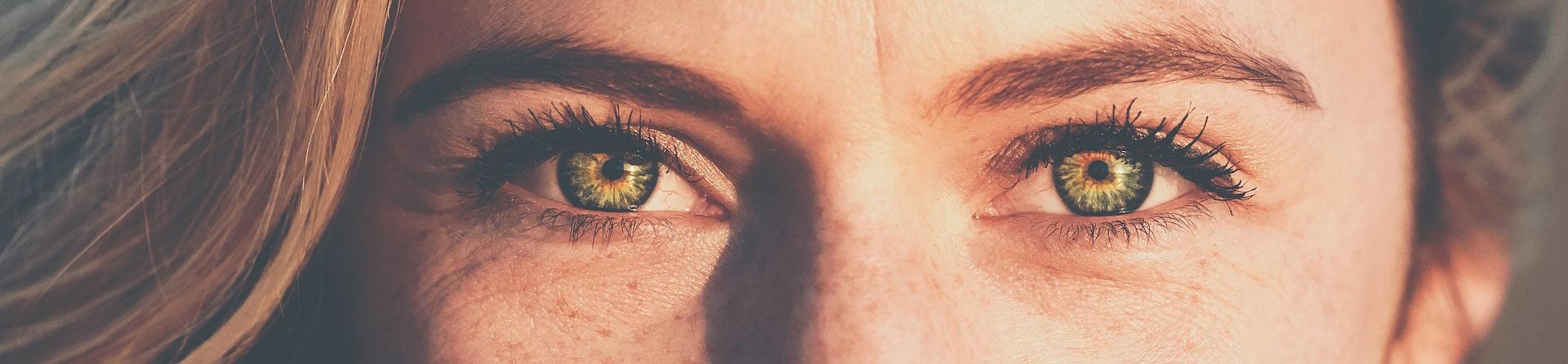 farbige Kontaktlinsen headerbild